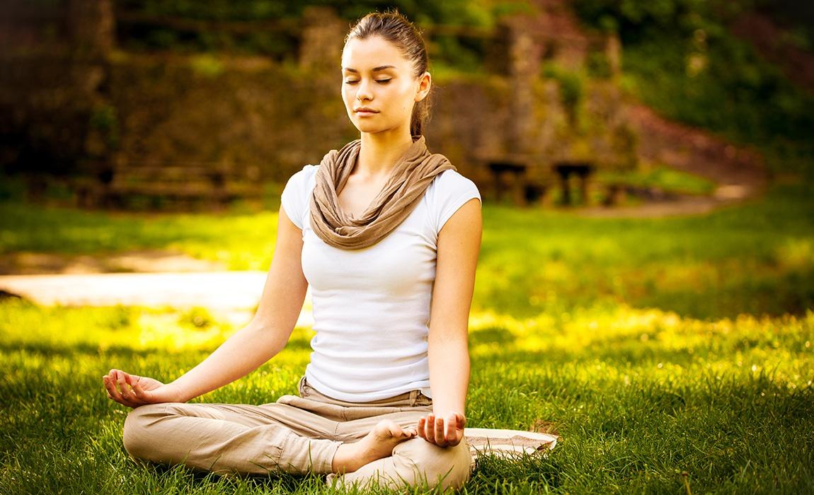 Как да се подобри Концентрация С йога и пранаяма