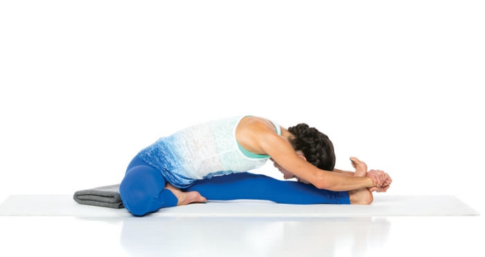 How To Do The Janu Sirsasana And What Are Its Benefits