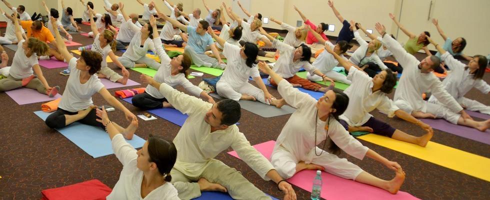 Satyananda Yoga - Qu'est-ce que, asanas et avantages