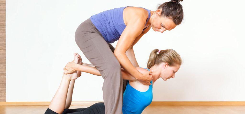 7 põhjust, miks sa peaksid tegema Therapeutic Jooga