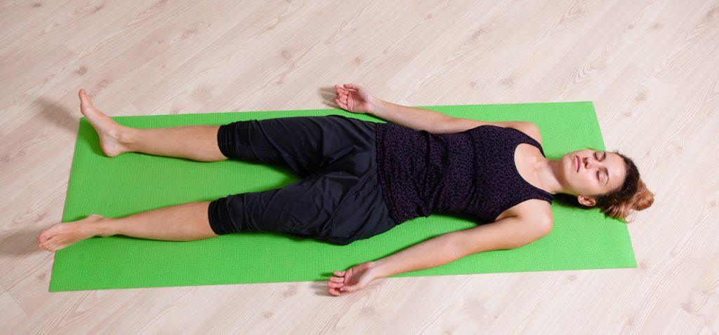 Miért jóga nidra egy hatékony módja annak Relax