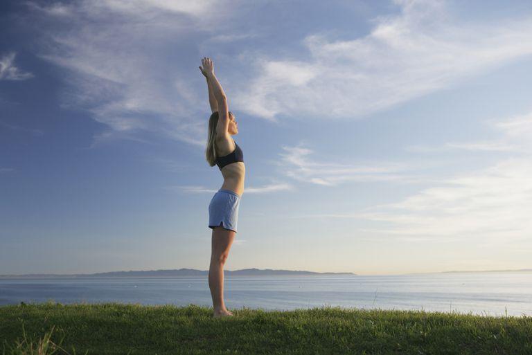 Top 10 יתרונות הבריאות של יוגה