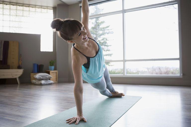 Γιόγκα Poses που θα βελτιώσουν Arm δύναμή σας