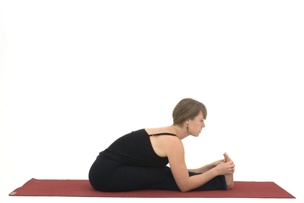 Siddende Forward Bend - Paschimottanasana