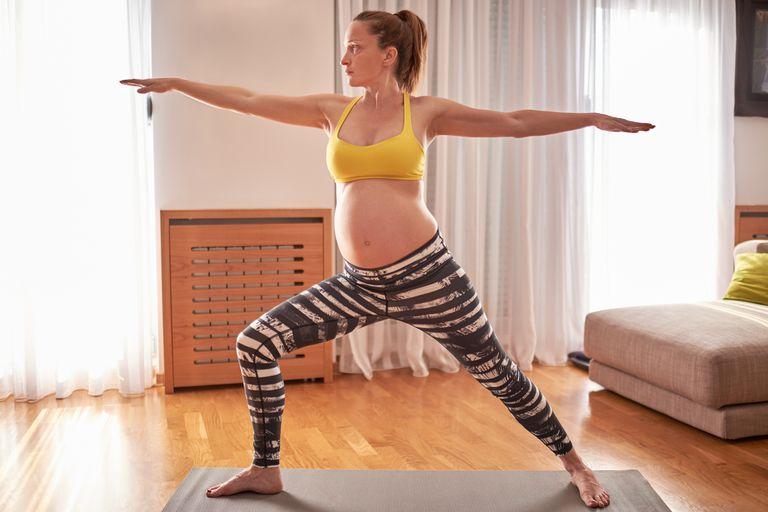 Prenatal Yoga während des zweiten Trimesters