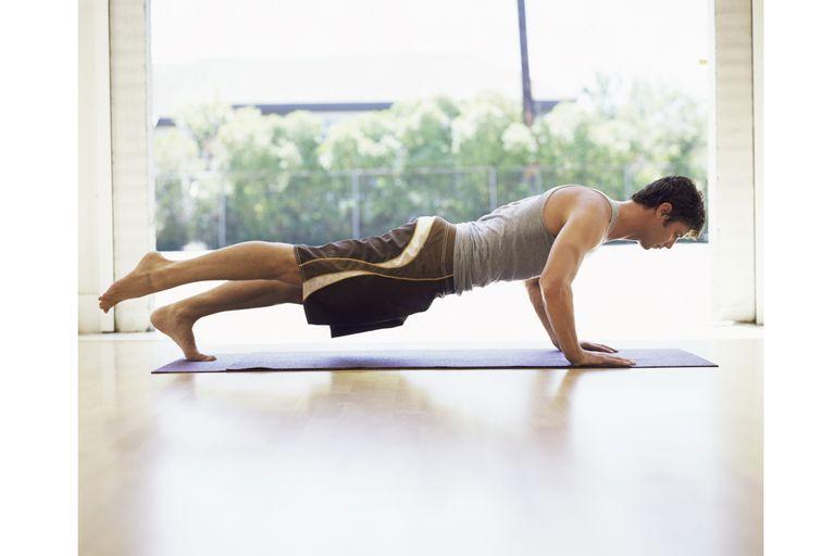 Ako Take jogy vnoril Ak ste muž - Začiatok Jóga cvičenia pre mužov
